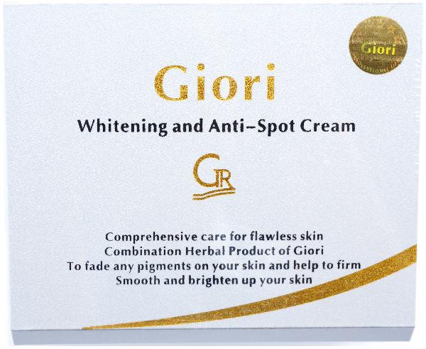Đây là kem dưỡng da Giori làm trắng da mẫu mới năm 2015 cho chị em dùng