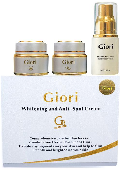 Kem trị nám dưỡng trắng da Giori của Mỹ phẩm Giori Nhật bản giúp chị em đẹp mỗi ngày