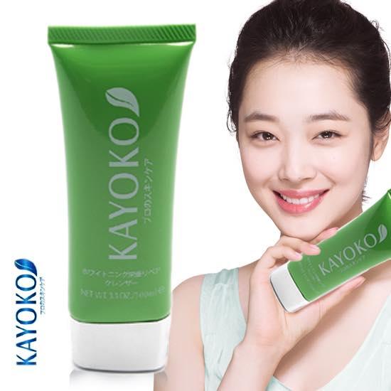 Sữa Rửa Mặt Trắng Da Kayoko